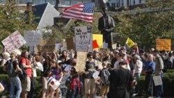 ادامه تظاهرات موسوم به «اشغال وال استريت»