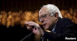 Democratic presidential candidate Bernie Sanders speaks at a campaign event in Fort Dodge, Iowa, Jan. 19, 2016.