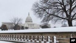 Юго-восток США: снегопады и ледяные дожди