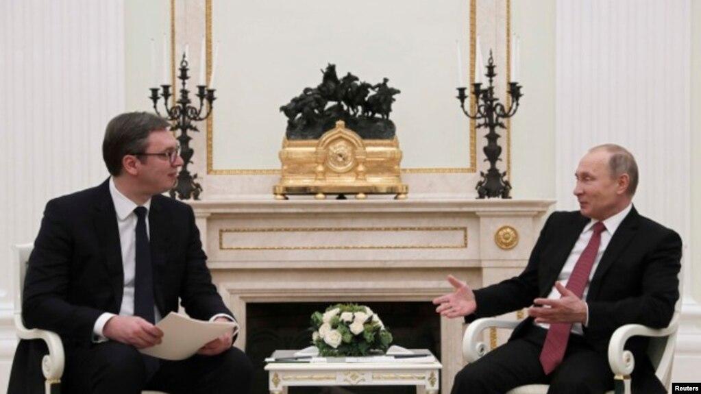 Presidenti serb këshillohet me presidentin rus për zhvillimet në Kosovë