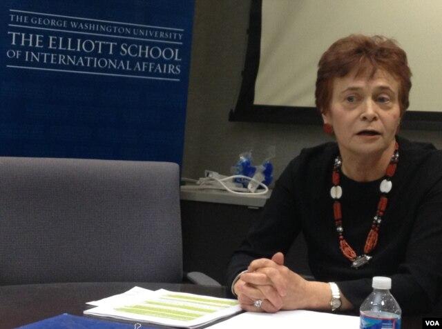 Keti Kosman (Cathy Cosman), diniy erkinlik bo'yicha AQSh komissiyasi yetakchi eksperti