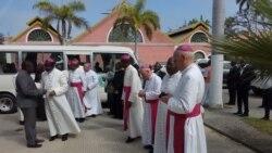 Bispos reunidos em benguela - 2:35