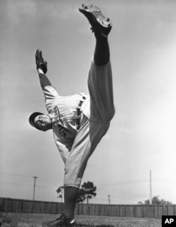 Van Lingle Mungo Brooklyn Dodger's pitcher in action, March 7, 1939. (AP Photo)