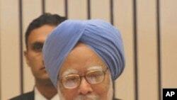 بھارتی وزیر اعظم من موہن سنگھ (فائل فوٹو)