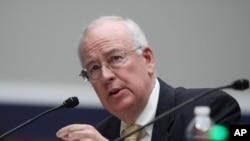 Ken Starr, exrector de la universidad Baylor y abogado independiente, ganó notoriedad al investigar al entonces presidente Bill Clinton.