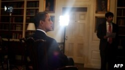 پيام هفتگی راديو – اينترنتی پرزيدنت اوباما درباره افزايش توليد نا خالص ملی آمريکا