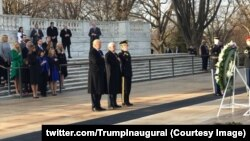 Трамп бере участь у церемонії на Арлінґтонському національному кладовищі