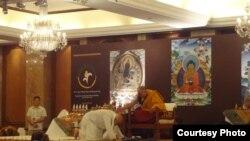 Dalai Lama Begins Teachings in Delhi