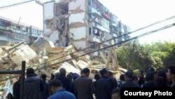 浙江奉化垮塌居民楼现场。 (目击者提供图片)