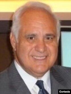 Dr. José Antonio Cisneros, medico especialista en sistemas de salud