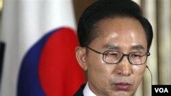 Presiden Korsel Lee Myung-bak mempertahankan penggunaan UU keamanan kontroversial yang diperluas, meskipun banyak mendapat kritikan.