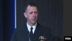 美国海军作战部长理查森(美国之音黎堡2017年4月27日拍摄)