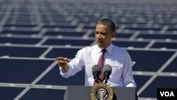 Barack Obama reiteró que seguirá fiel a su idea de promover el uso de una energía limpia.