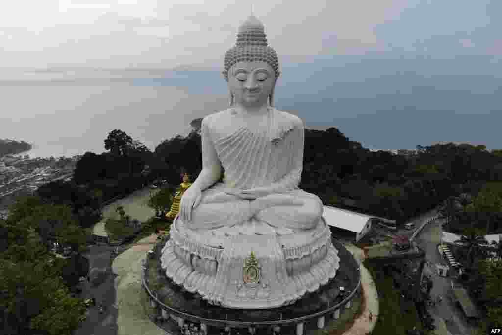 معبد بودای بزرگ پوکت در تایلند