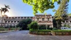 যাদবপুর বিশ্ববিদ্যালয় ক্যাম্পাসেসেফ খোলার দাবি জানিয়েছে ছাত্র-ছাত্রীরা