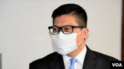 """香港警務處處長鄧炳強承認5月10日母親節當晚警方在旺角示威現場, 對待採訪的傳媒""""有幾個場景都是不理想"""",但拒絕向傳媒致歉。(美國之音湯惠芸)"""