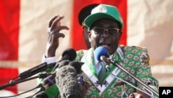 Zimbabwean President Robert Mugabe launches party's election campaign, Harare, July, 5, 2013.