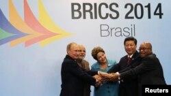 Лидеры стран БРИКС, Бразилия, 15июля, 2014.