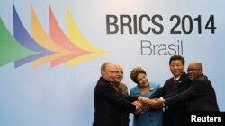 Lideri pet zemalja članica BRIKS-a Rusije, Indije, Brazila, Kine i Južnoafričke repubike