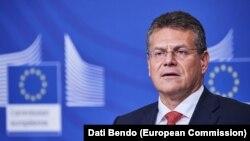 Марош Шефчович, віце-президент Єврокомісії з енергетичних питань, бере участь у тристоронніх газових переговорах з Україною та Росією