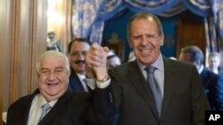 عکس آرشیوی از دیدار سرگئی لاوروف وزیر خارجه روسیه (راست) با ولید معلم همتای سوری خود در مسکو - دی ماه ۱۳۹۳