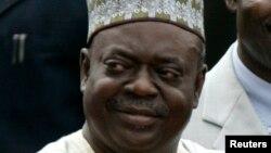 Dr. Babangida Aliyu gwamnan jihar Neja mai barin gado