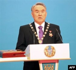 Prezident Nursulton Nazarboyev