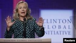 24일 열린 '클린턴 글로벌 이니셔티브' 연례회의에서 연설한 힐러리 클린턴 미국 국무장관.
