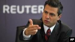 El candidato del opositor Partido Revolucionario Institucional, Enrique Peña Nieto, mantiene amplia ventaja en las encuestas.