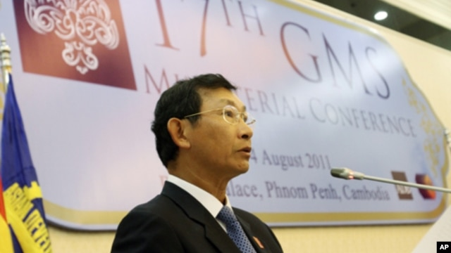 Cambodian Minister of Commerce Cham Prasidh speaks during the 17th GMS Ministerial Conference at the Peace Palace in Phnom Penh, file photo.