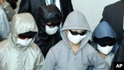 지난 2011년 탈북자 9명이 일본을 거쳐 한국 인천공항에 입국하고 있다. (자료사진)