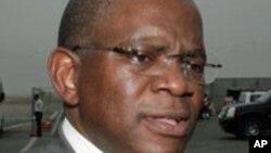 """""""Não há violações de direitos humanos em Angola"""" - George Chikoty, Ministro das Relações Exteriores de Angola"""