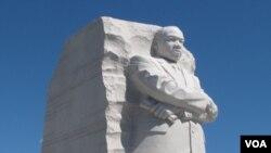 Monumen pemimpin hak-hak sipil, Dr. Martin Luther King Jr. di Washington DC (foto: dok).