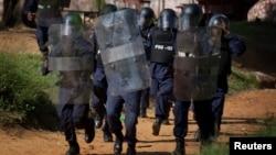 Liberian riot policeman in the capital Monrovia, (File photo).