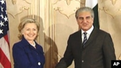 U.S. Secretary of State Hillary Clinton and Pakistan Foreign Minister Shah Mahmood Qureshi in Islamabad, Pakistan.