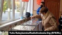 Виборча дільниця у м.Дніпро, 25 жовтня 2020 року
