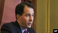 威斯康辛州州長斯科特‧沃克企圖頒佈有關集體談判權的新法