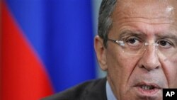 28일 모스크바에서 가진 기자회견 중에 시리아 사태에 관해 언급하는 세르게이 라브로프 러시아 외무장관.