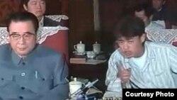 1989年民运期间,作为学生代表的吾尔开希与李鹏对话(网络图片)