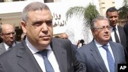 Le ministre de l'Intérieur espagnol Juan Ignacio Zoido, à droite, en compagnie de son homologue marocain, Abdelouafi Laftit, après une réunion au ministère de l'Intérieur à Rabat, Maroc, 29 août 2017.