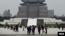 位于台北市中心的中正纪念堂(12月11日拍摄)
