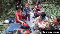 ကခ်င္စစ္ေျပးဒုကၡသည္မ်ား(သတင္းဓာတ္ပံု- Credit to Hkun Awng Nlam)