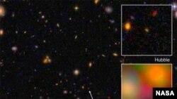 La galaxie EGS8p7, vue à partir des télescopes Hubble et Spitzer (NASA)