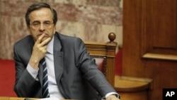 PM Yunani Antonis Samaras berusaha meyakinkan kreditor internasional bahwa negaranya tidak sedang berusaha mencari dana talangan baru.