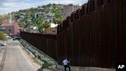 美墨邊界隔離牆亞利桑那部份。