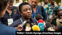 La députée italienne Cécile Kyenge, chef de la mission des observateurs de l'Union européenne (UE) au Mali tient un point de presse à Bamako, le 31 juillet 2018. (Twitter/Cécile Kyenge)