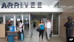 À l'aéroport international d'Abidjan, en Côte d'Ivoire, le 12 août 2014.