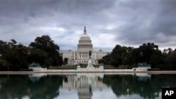Una tormenta se cierne sobre el Capitolio en Washington mientras en su interior se desataba otra en torno al presupuesto.