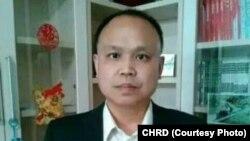 被秘密判刑的北京人权律师余文生(中国人权捍卫者提供)