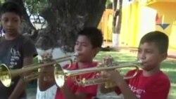 墨西哥用音乐让孩子远离暴力